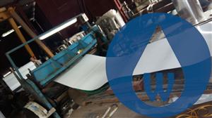 Quá trình gia công phủ băng keo ( PVC) bảo vệ bề mặt inox